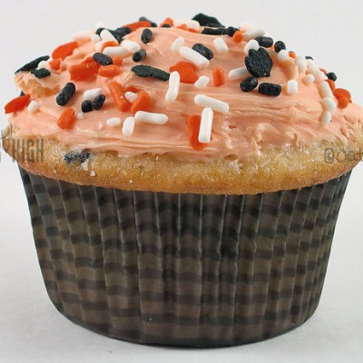 Icing Filled Halloween Cupcakes & Video Demo