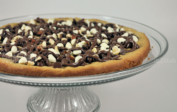 nutella chocolate pizza cookie