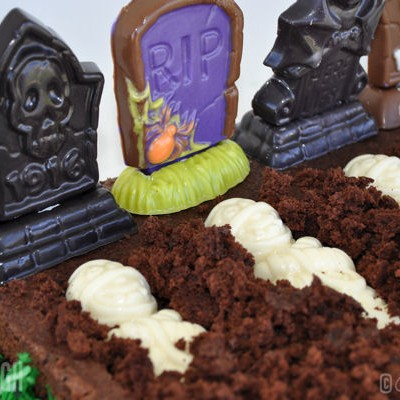 The Perfect Plot Brownie Graveyard for Halloween