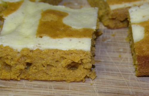pumpkin cream cheese swirl cake