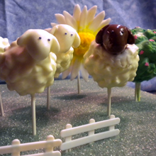 10 Creative Cake Pops You Shouldn't Miss