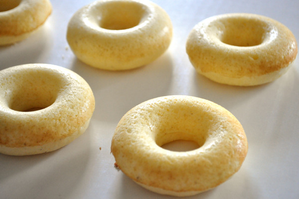 wilton baked cake donuts
