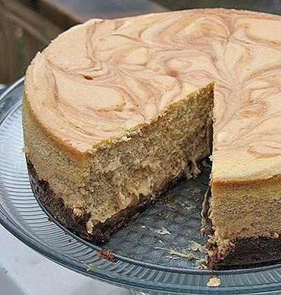 Carmel Swirled Cheesecake Amandas Cookin