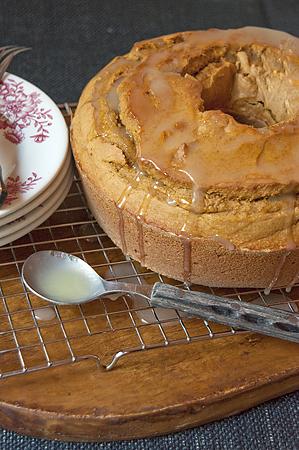 pumpkin-pound-cake-final lanas cooking