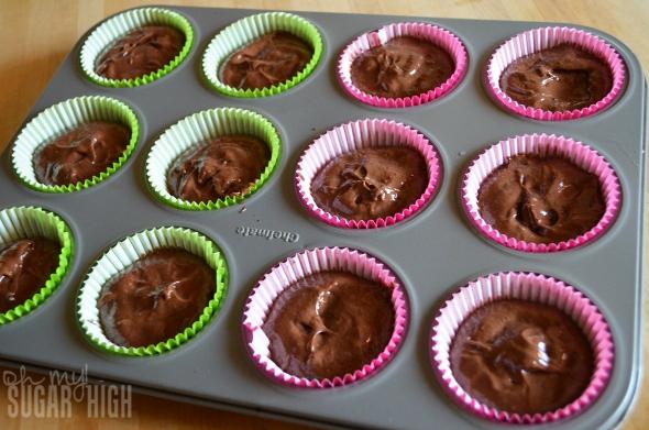 Betty Crocker Hershey Chocolate Filled Raspberry Coconut Cupcakes 7