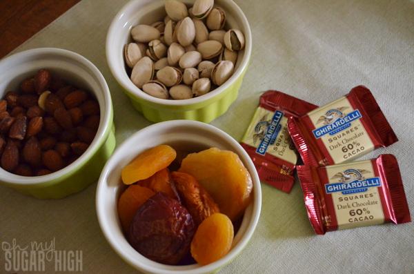 Thanksgiving Tablescape Proflowers Cornocopia Fruit Basket Snacks