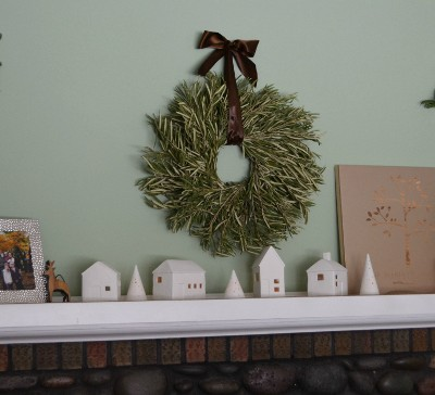 Creating a Serene and Timeless Holiday Mantle #PFDecorates