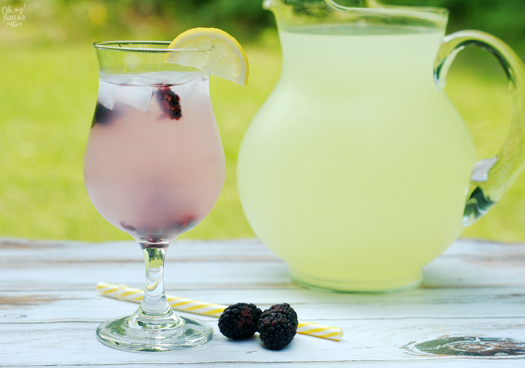 Looking for the perfect summer drink recipes? This Blackberry Vodka Lemonade is a refreshing vodka and lemonade drink recipe. Made with Pinnacle vodka, this cocktail is the perfect addition to your vodka drinks recipe collection and is great for entertaining!