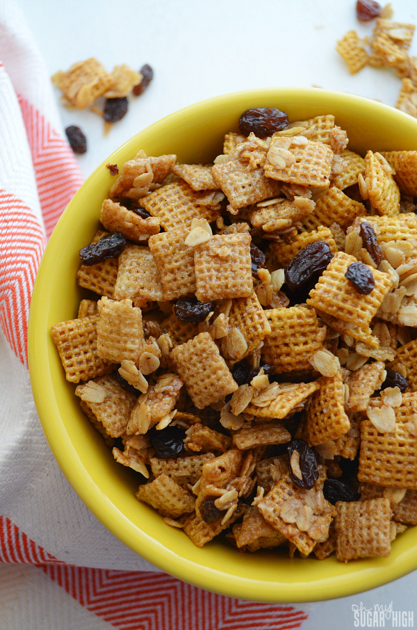 Oatmeal Raisin Cookie Chex Mix Recipe