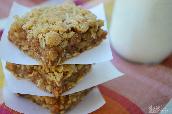 Caramel Oatmeal Apple Bars Recipe