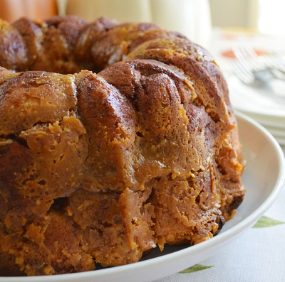 Pumpkin Cream Cheese Monkey Bread: Nom, Nom, Nom