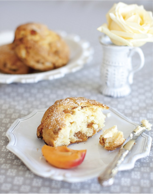 Apricot White Chocolate Scones