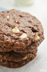 Chewy Brownie Oatmeal Cookies