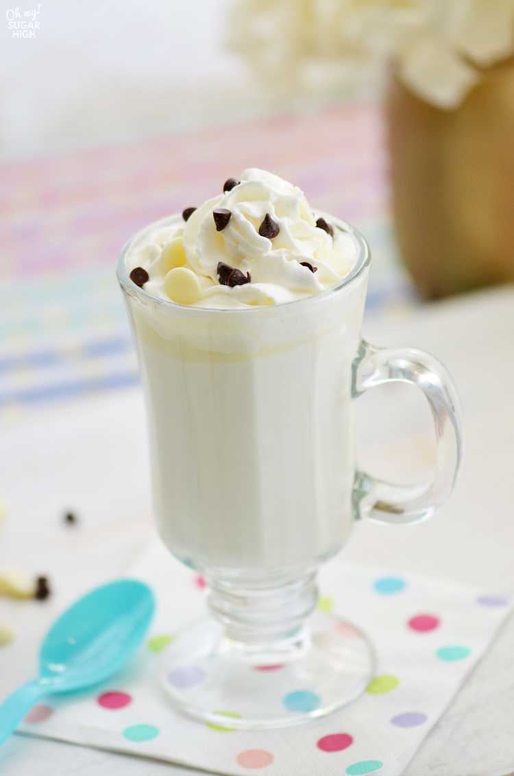 Looking for the perfect homemade hot chocolate? Look no further than this Easy White Hot Chocolate recipe. Deliciously creamy and sweet, it is the perfect sweet drink to warm up with on a cold day!