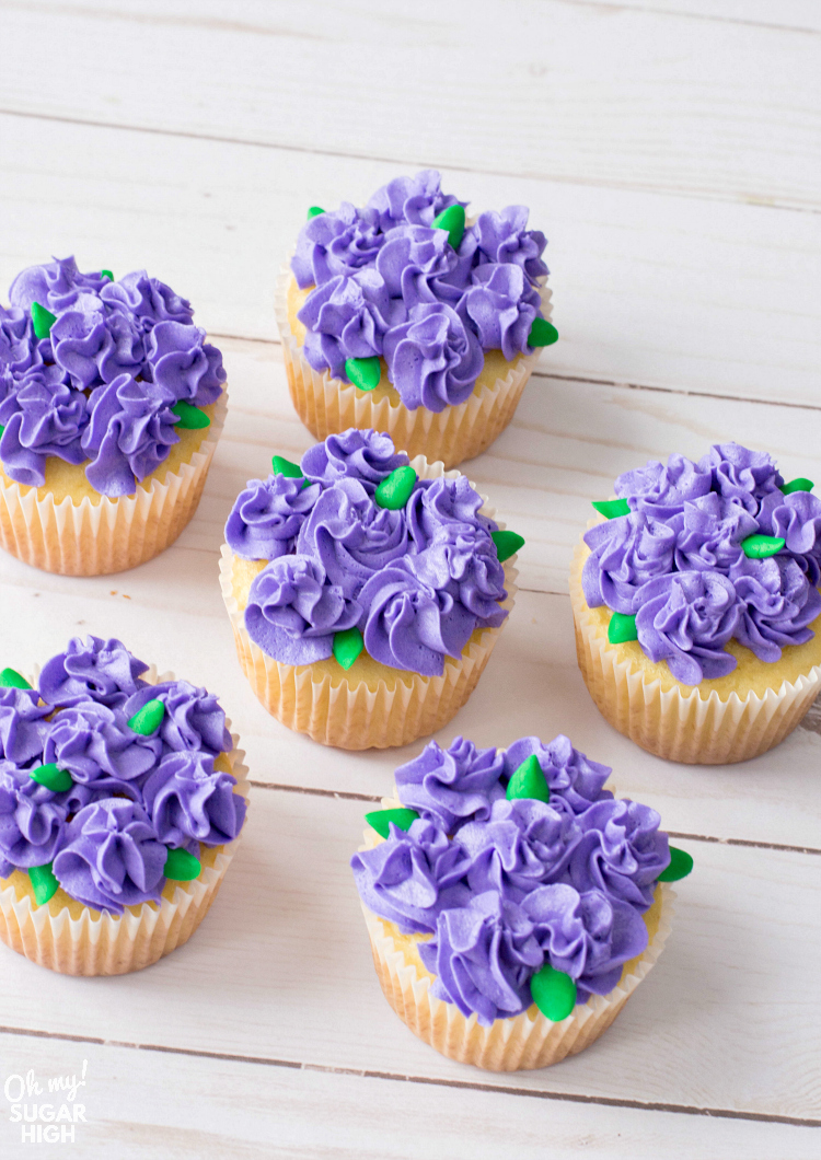 pretty purple flower cupcakes