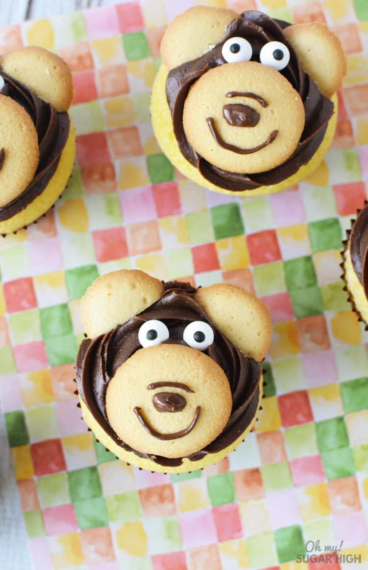 Looking for cupcakes for kids? These bear cupcakes are an easy and fun option! Whether you are making them just for fun or for a birthday celebration, these DIY bear cupcakes will be a hit!