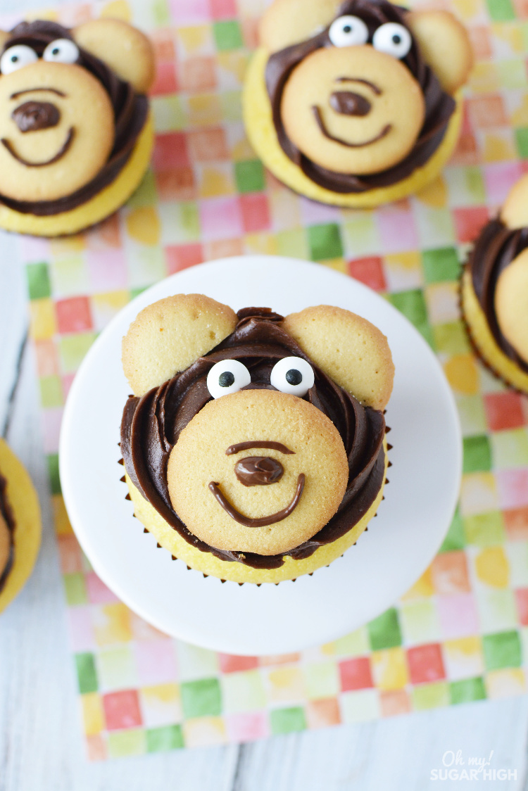 These teddy bear cupcakes are an easy and fun option! Whether you are making them just for fun or for a birthday celebration, these bear cupcakes will be a hit!